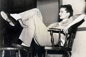 1947 US actress Katherine Hepburn relaxes between scenes of the making of a new Metro-Goldwyn-Mayer film.